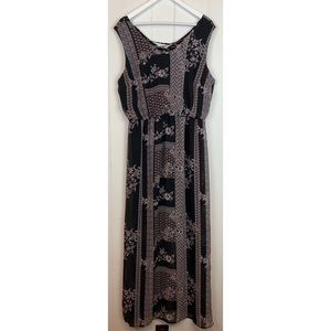 Maurices Maxi Dress 0X Lace Up Floral